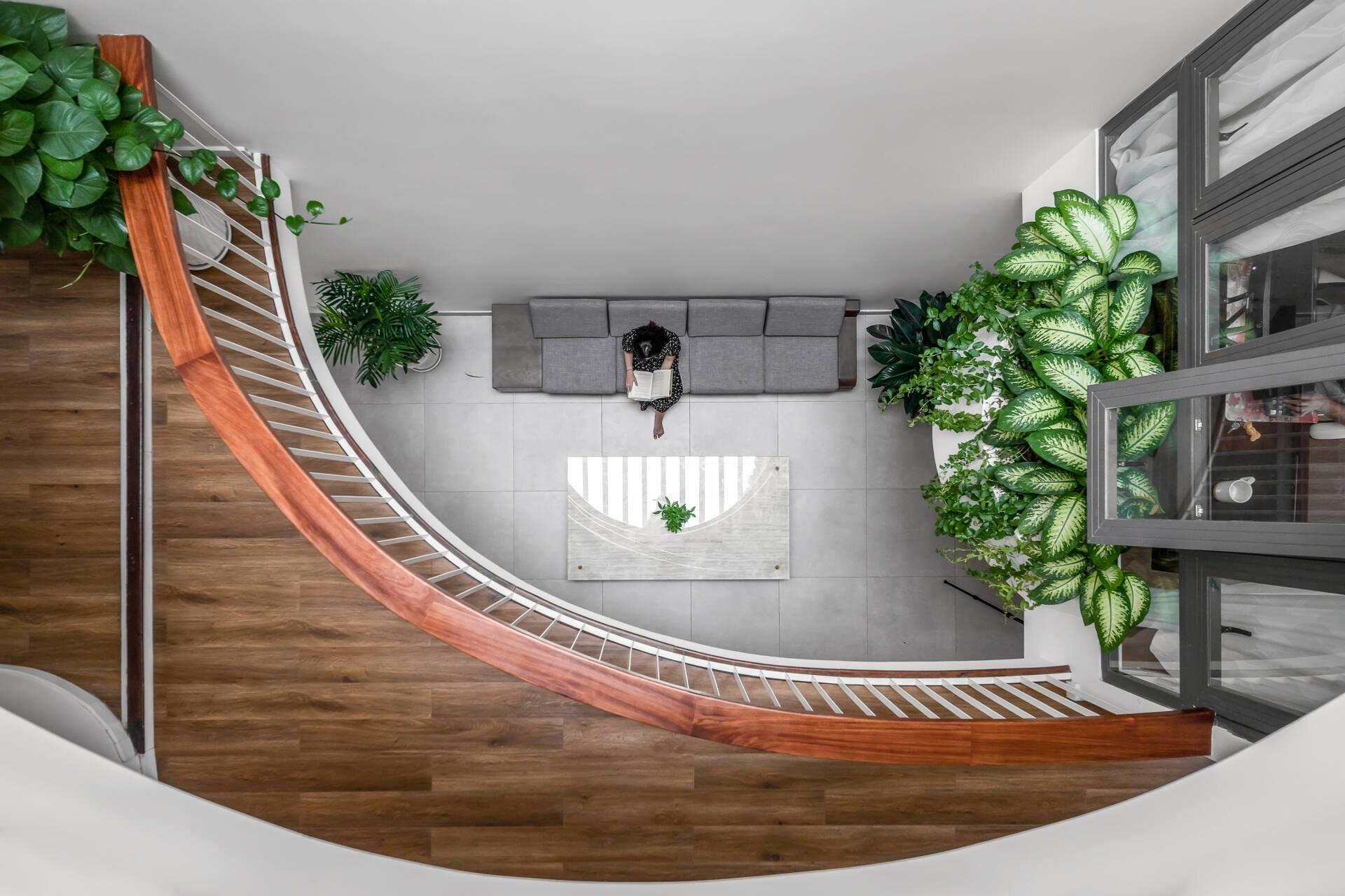 thiết kế khu vực hành lang tầng 1 thông thoáng