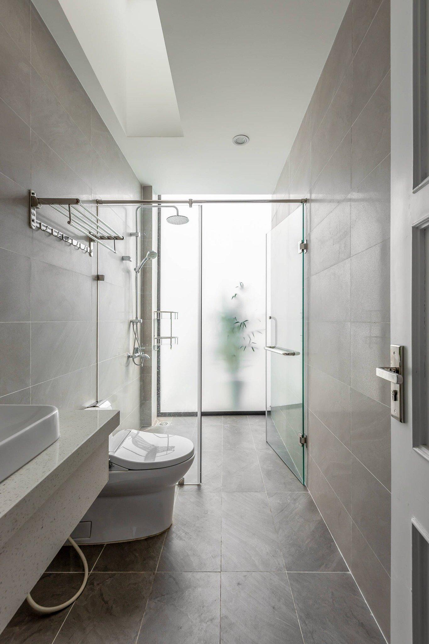 Nhà vệ sinh rộng rãi tạo cảm giác thư giản